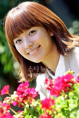 Han Hyo Joo01 Foto dan Profil Pemain Film Drama Korea Dong Yi Jewel In The Crown
