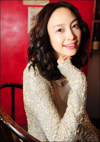 Lee Na Young 01