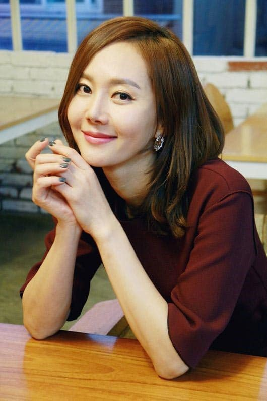 Yum Jung Ah Reunites With SKY Castles PD For A New Film