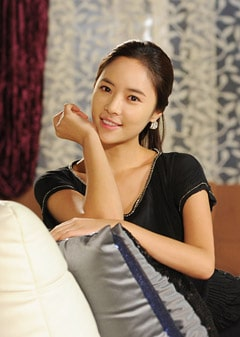 if you have any Hwang Jung Eum pics want to share with other fans