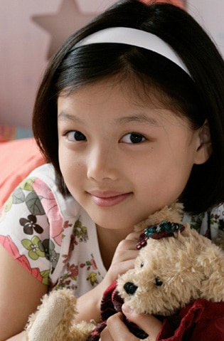 Kim Yoo Jung Foto dan Profil Pemain Film Drama Korea Dong Yi Jewel In The Crown