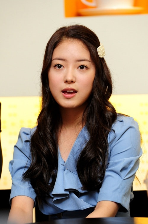 » Lee Se Young (1...