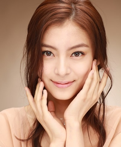 Jung Hye In 01