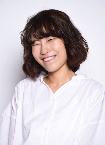 lee-se-young-1989-02